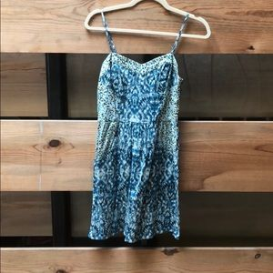 Blue short printed dress with pockets